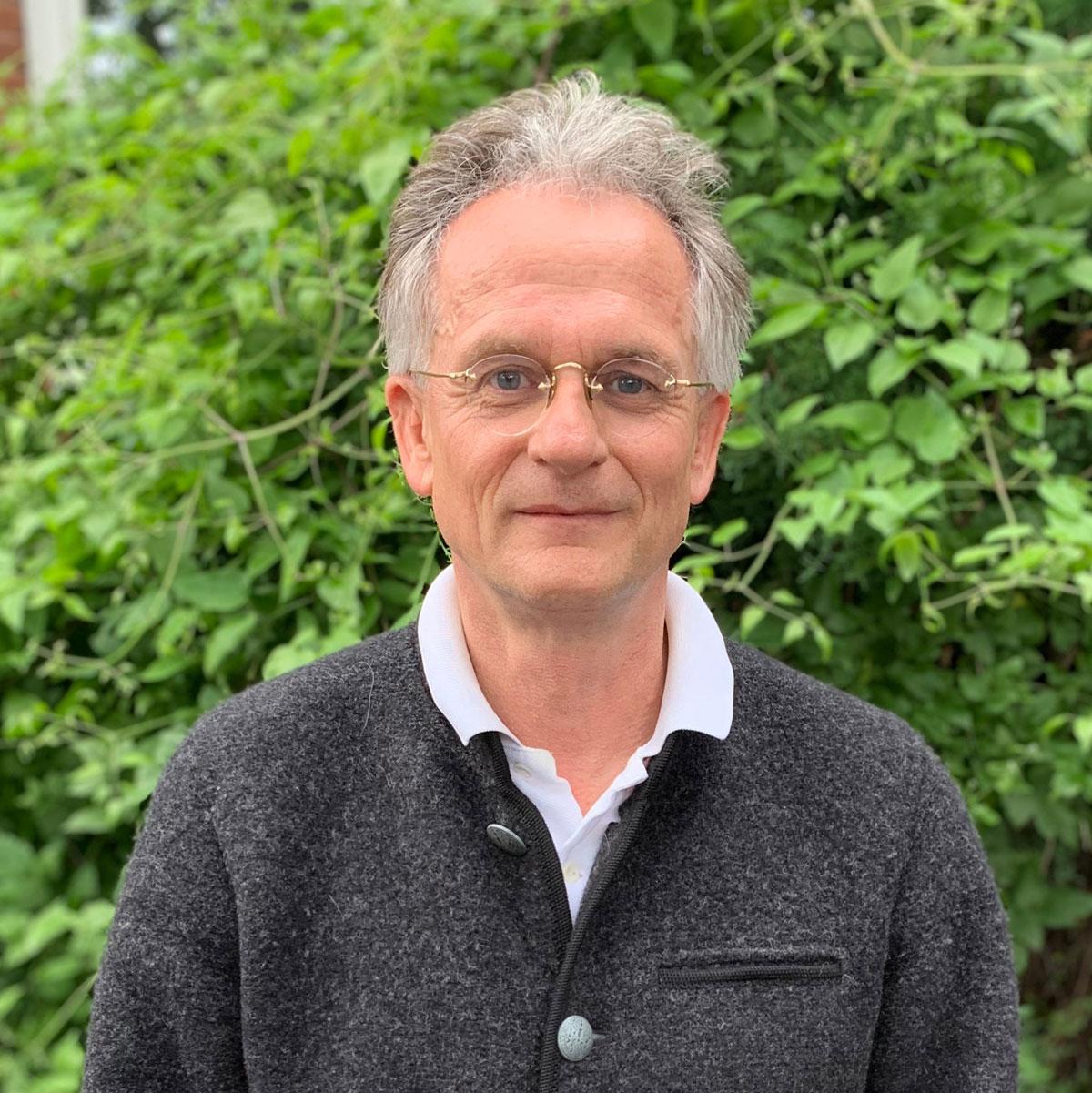 Dr. A. W. Heinrich-Langhein
